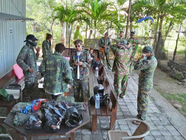 Birthday session Bali paintball