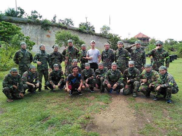 Corporate session paintball in Bali
